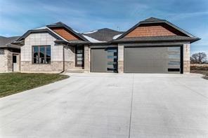 3937 Arie Court, Plympton-wyoming Ontario, Canada
