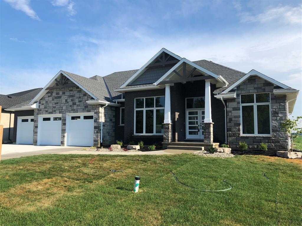 3729 QUEEN Street, Plympton-Wyoming Ontario, Canada