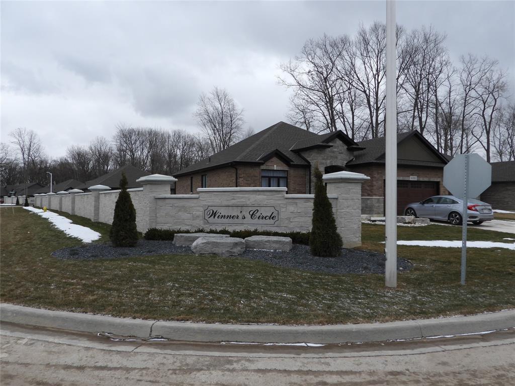 690 WINNERS Circle, St. Clair, Ontario, Canada