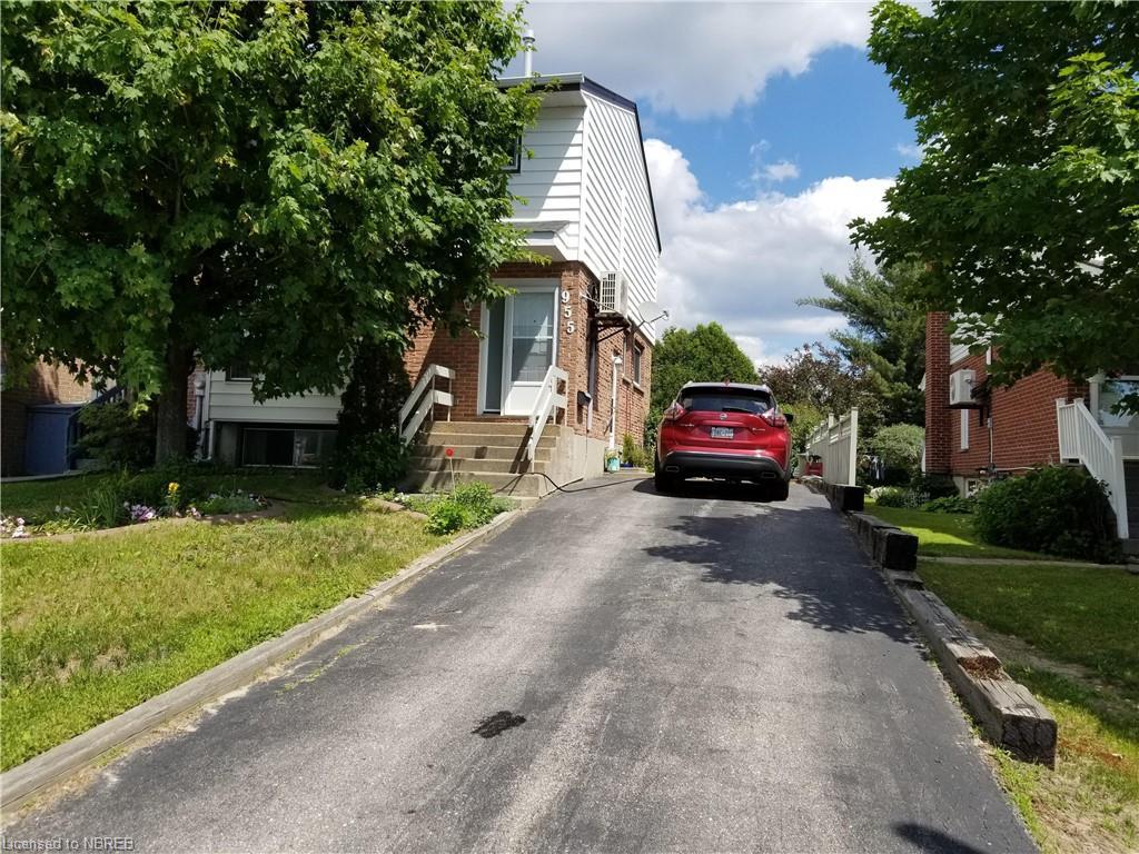 955 TACKABERRY Drive, North Bay Ontario, Canada