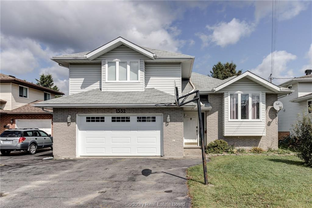 1552 Gauthier Street, Val Therese Ontario, Canada