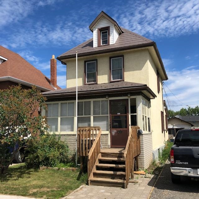 139 Amelia Street E, Thunder Bay Ontario, Canada