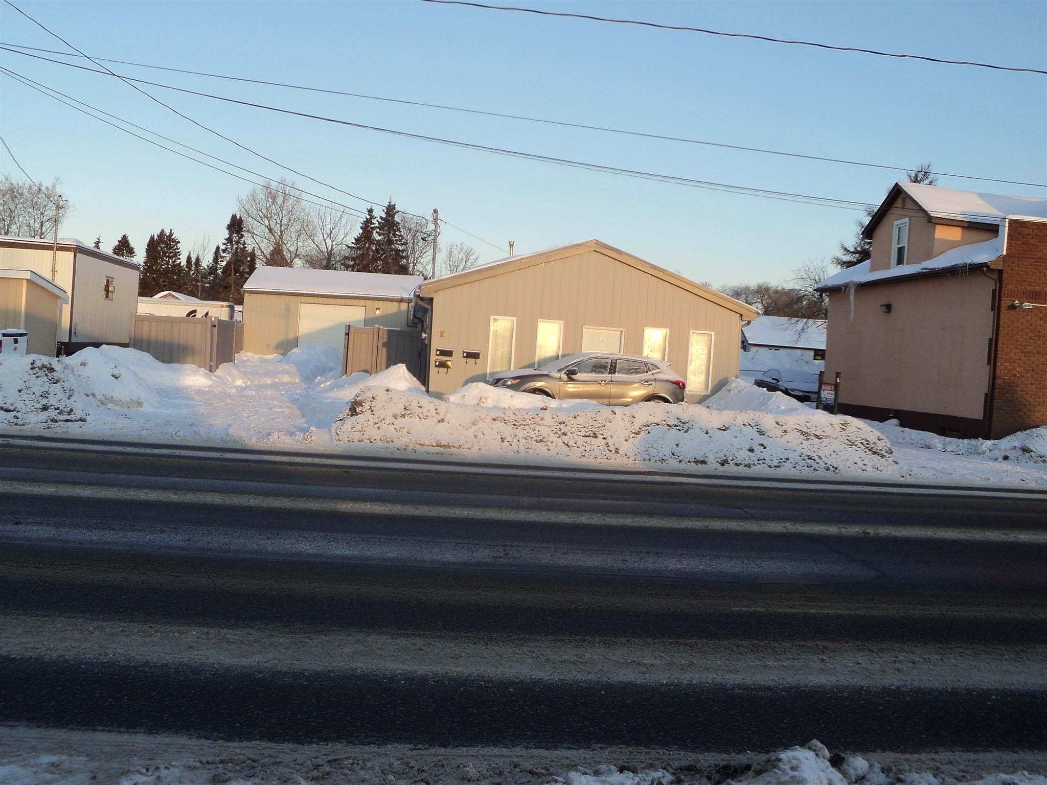310 Cumberland Street N, Thunder Bay Ontario, Canada
