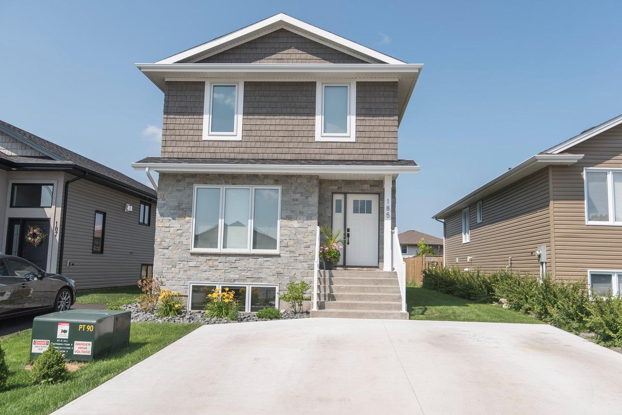 185 Cougar Crescent, Thunder Bay Ontario, Canada