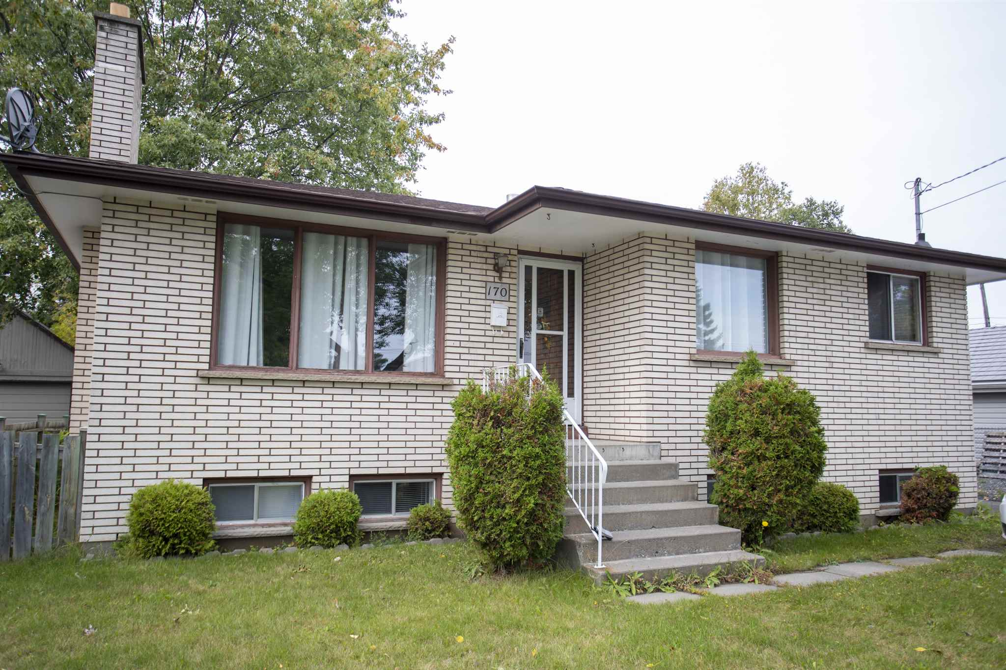 170 Windemere Avenue N, Thunder Bay Ontario, Canada