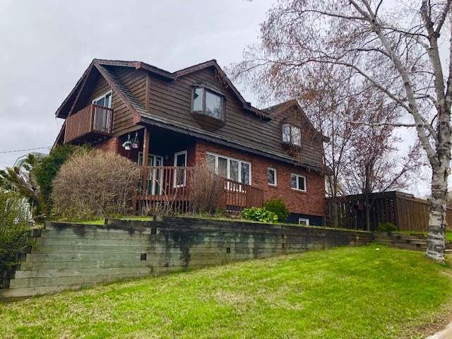 364 Algoma Street N, Thunder Bay Ontario, Canada