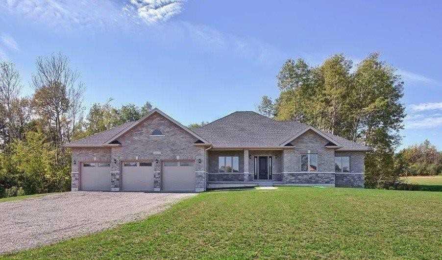 34 Westlake Crt, Kawartha Lakes Ontario, Canada