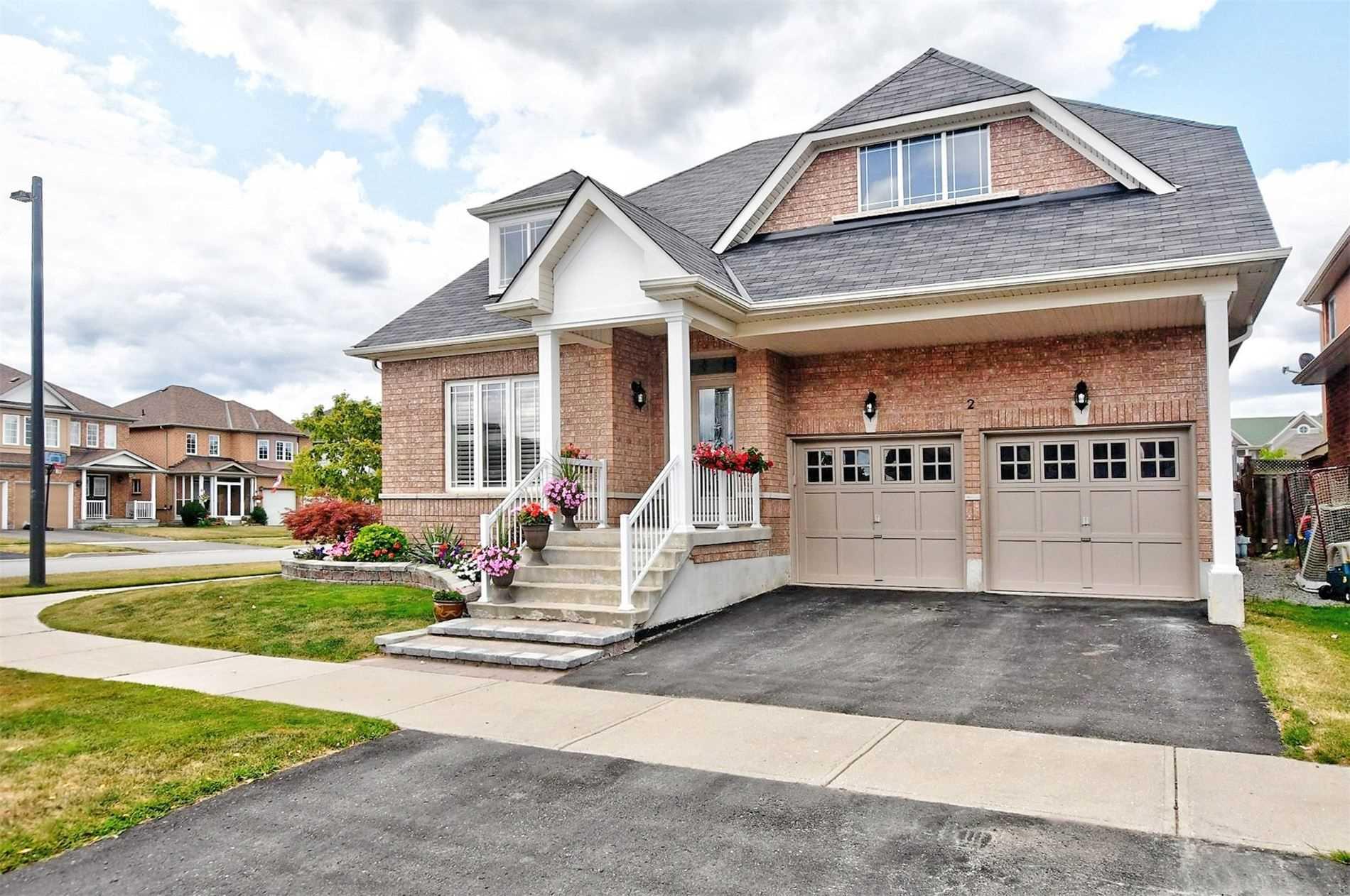 2 Brookhurst Ave, Georgina Ontario, Canada