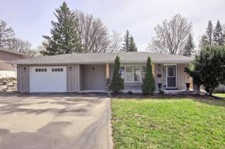 956 Lemar Rd, Newmarket Ontario, Canada