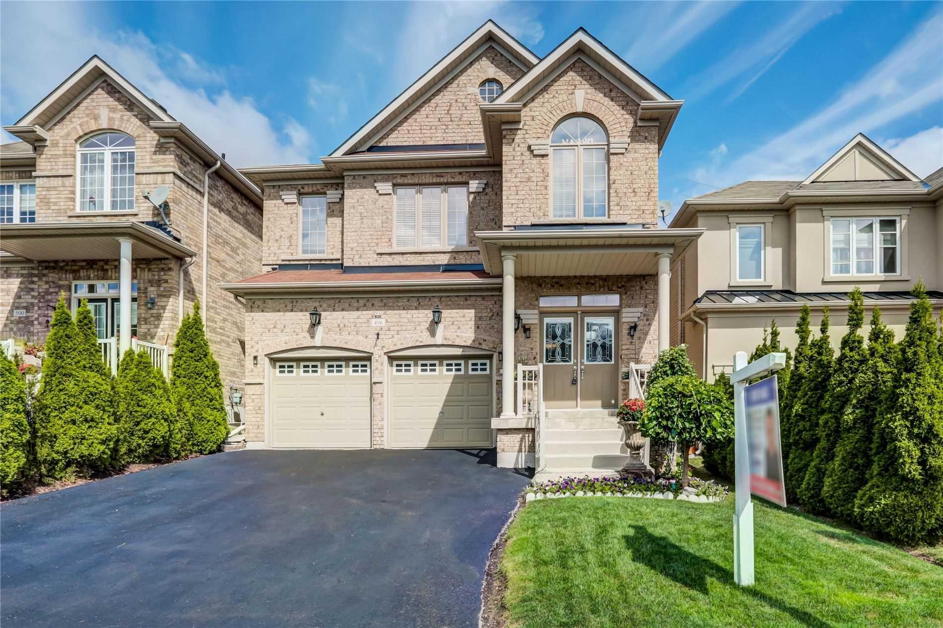496 Foxcroft Blvd, Newmarket Ontario, Canada