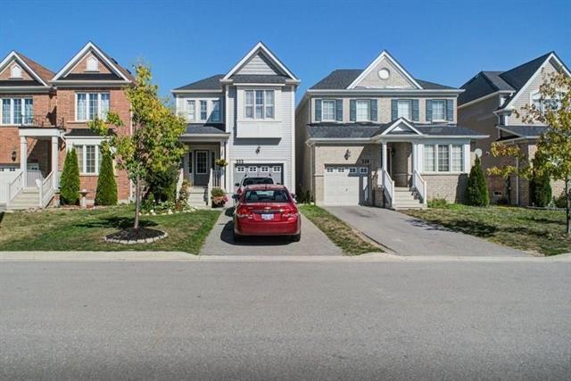 212 Armstrong Crescent, Bradford Ontario, Canada