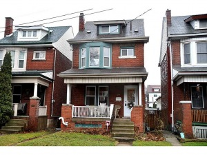 20 Elm Street, Hamilton Ontario, Canada