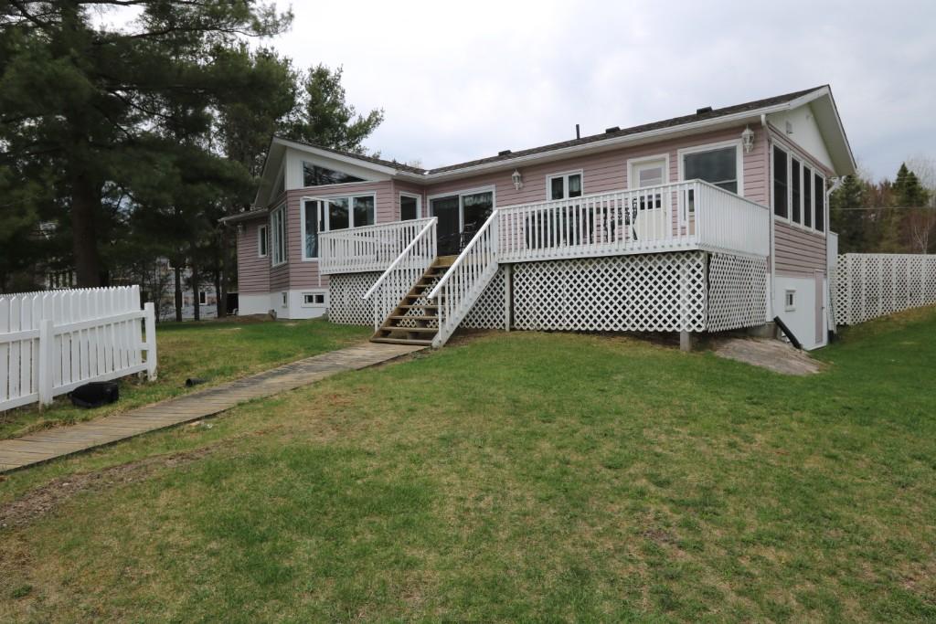 588 SILV`RY MOON RD, Noelville Ontario, Canada