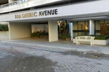 100 Qubec Avenue