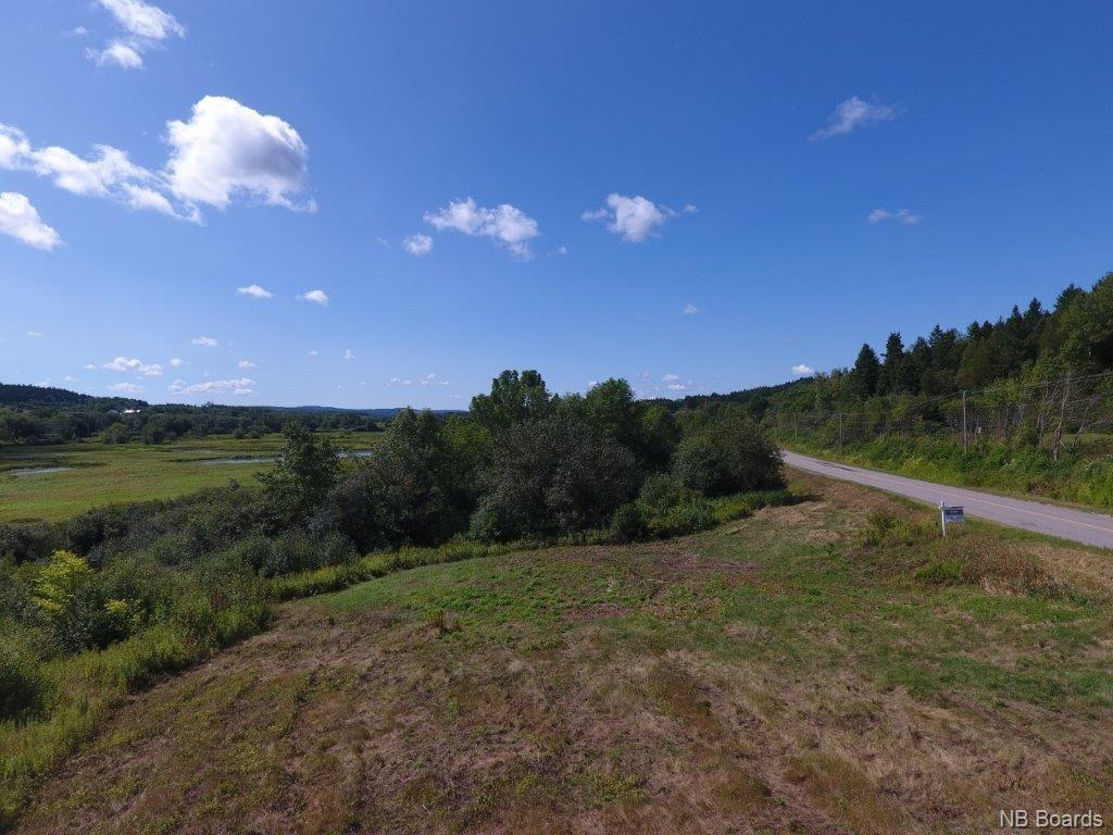 - Route 121, Bloomfield New Brunswick, Canada