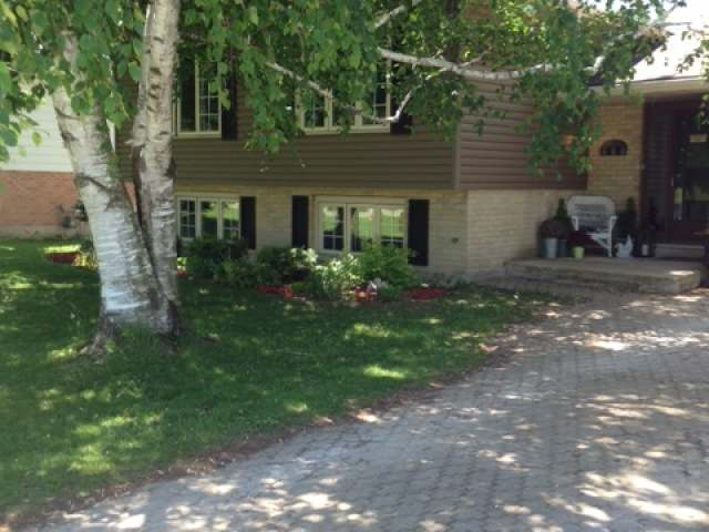41 Ellen St, Brucefield Ontario