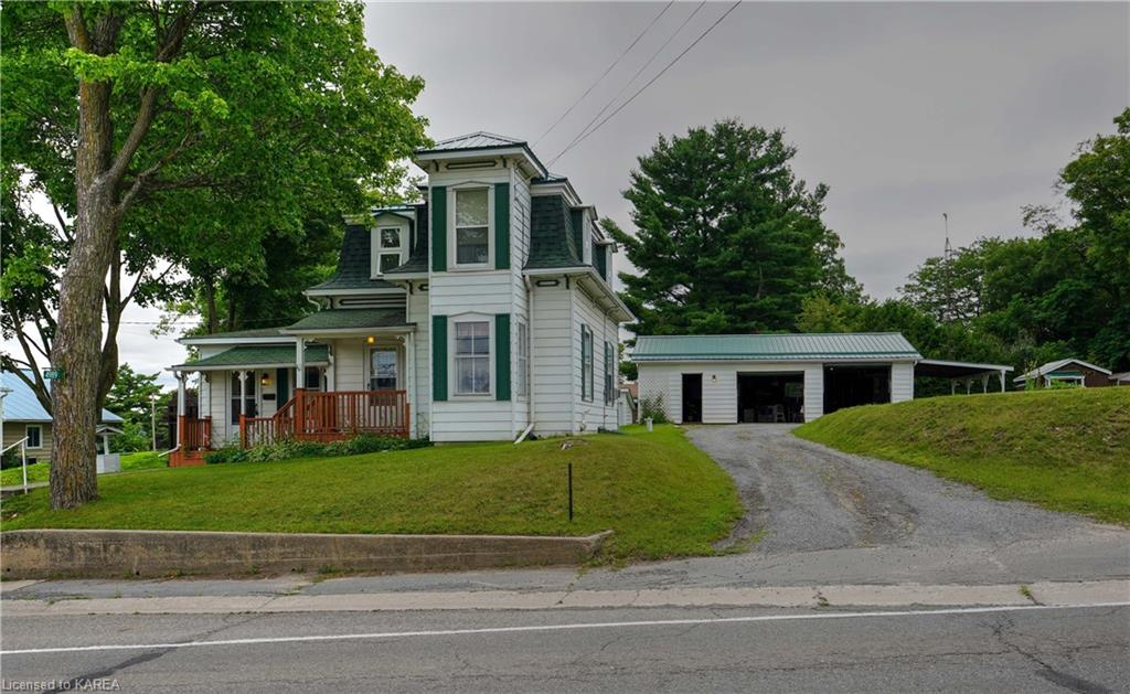 4989 38 Road, Harrowsmith Ontario, Canada