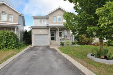952 Bluffwood Ave, Kingston Ontario, Canada