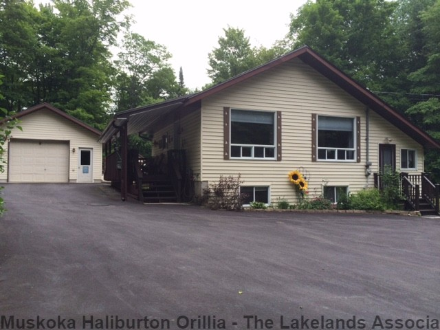 17 Parry Lane, Burk's Falls Ontario, Canada
