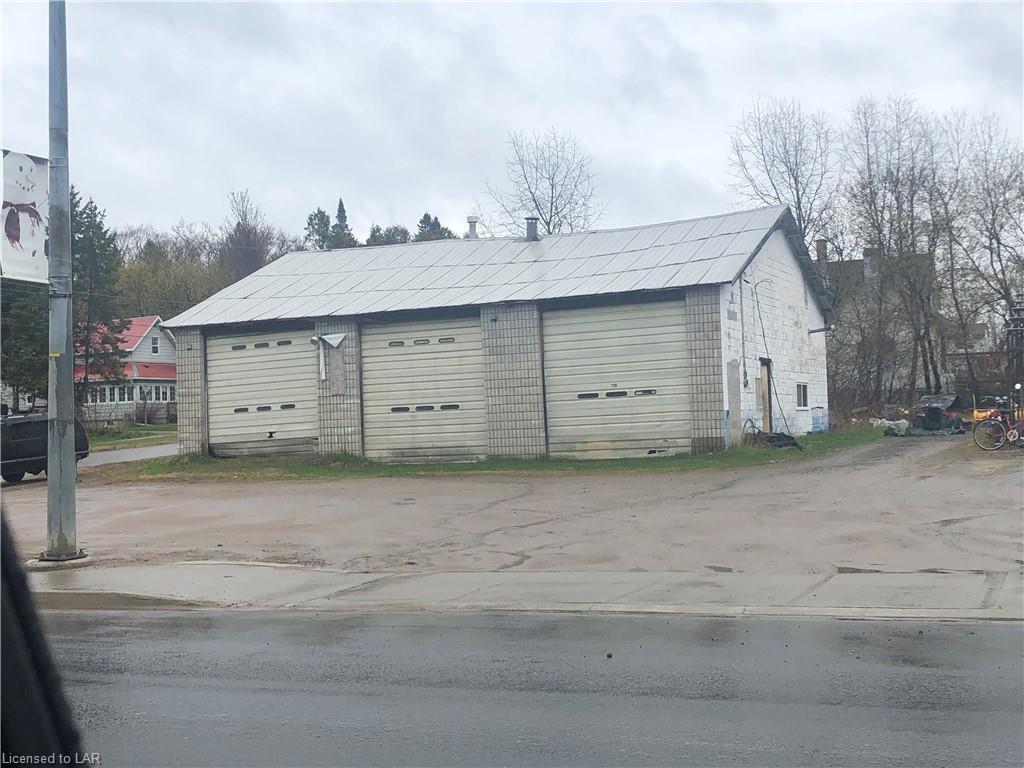 128 Ontario Street, Burk's Falls Ontario, Canada