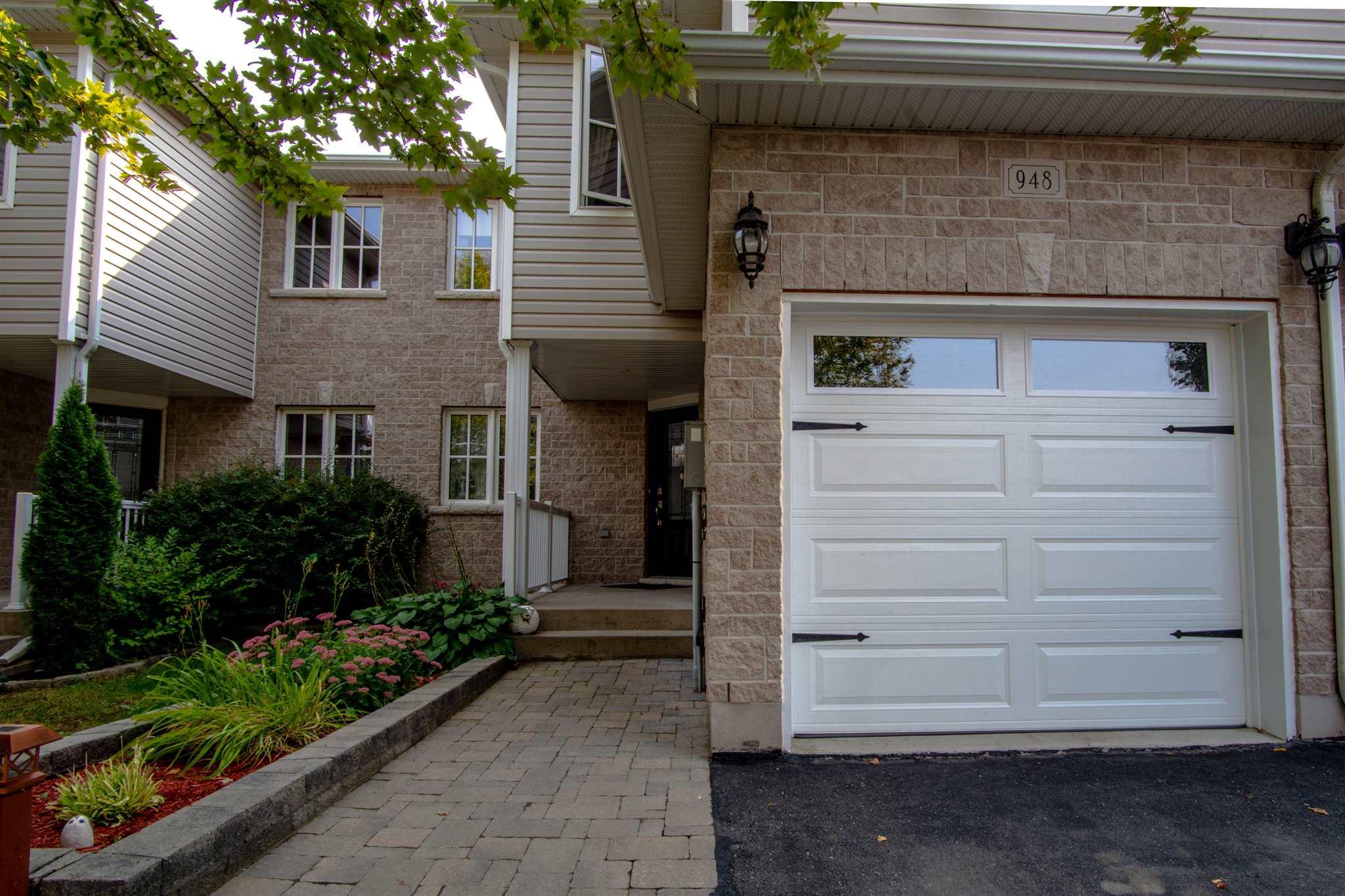948 Swanfield Street, Kingston Ontario, Canada
