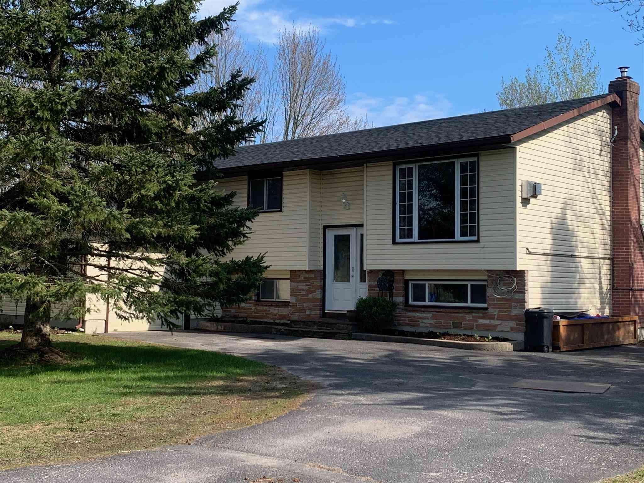 4124 Henderson Road, South Frontenac Ontario, Canada