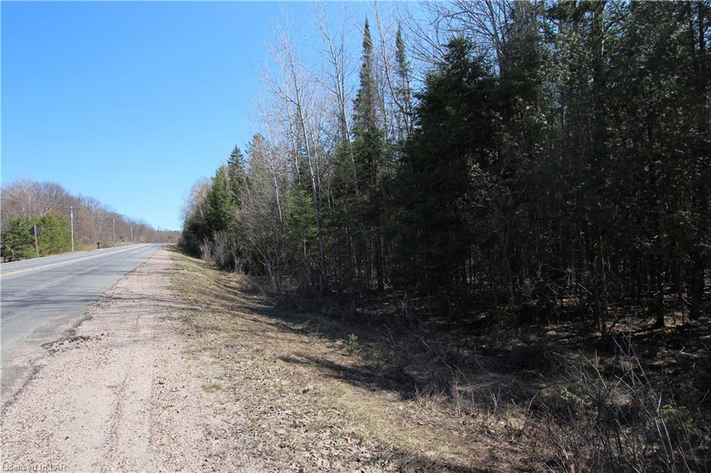 Na 534 Highway, Nipissing Ontario, Canada