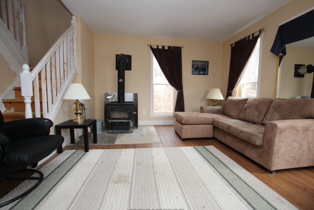 1034 Limberlost Point Rd, Restoule Ontario