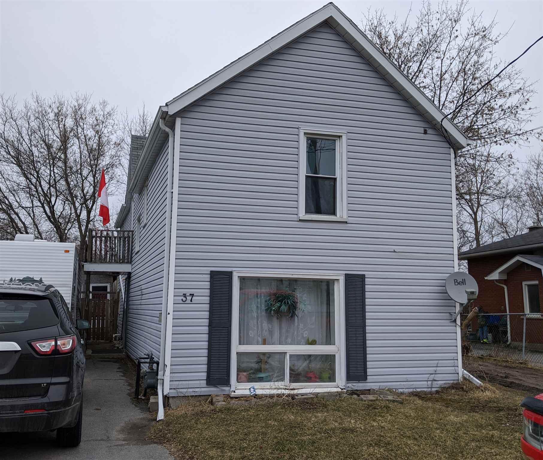 37 Hickson Avenue, Kingston Ontario, Canada