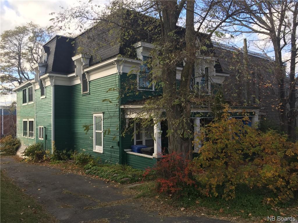 666 King Avenue, Bathurst New Brunswick, Canada