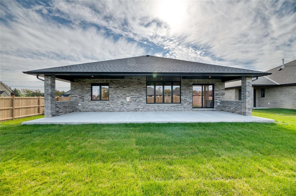 6803 GRIFFIN Drive, Plympton-Wyoming, Ontario, Canada