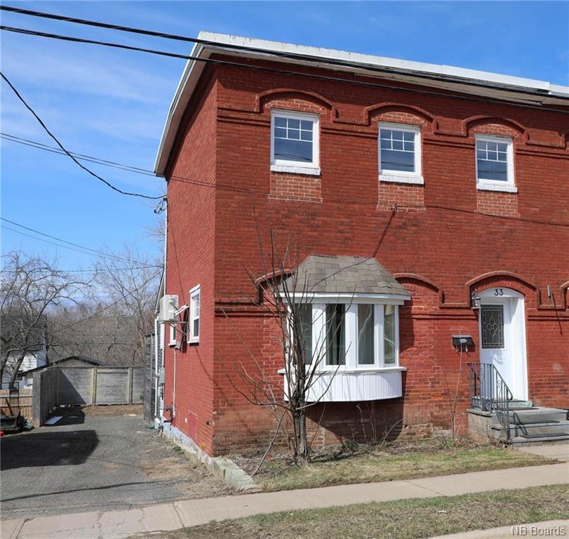 33 Morrison Street, Fredericton New Brunswick, Canada