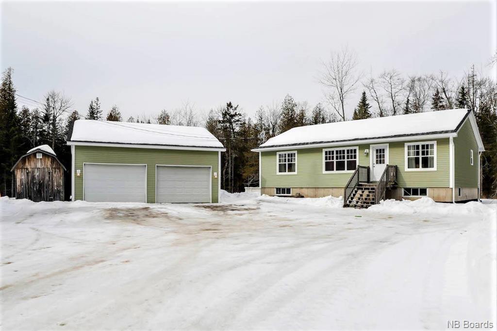 39 Brett Jonathan Drive, Waasis New Brunswick, Canada