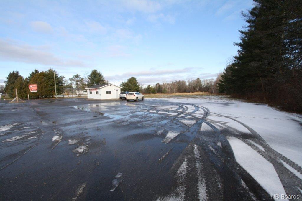 2307 102 Route, Lincoln New Brunswick, Canada