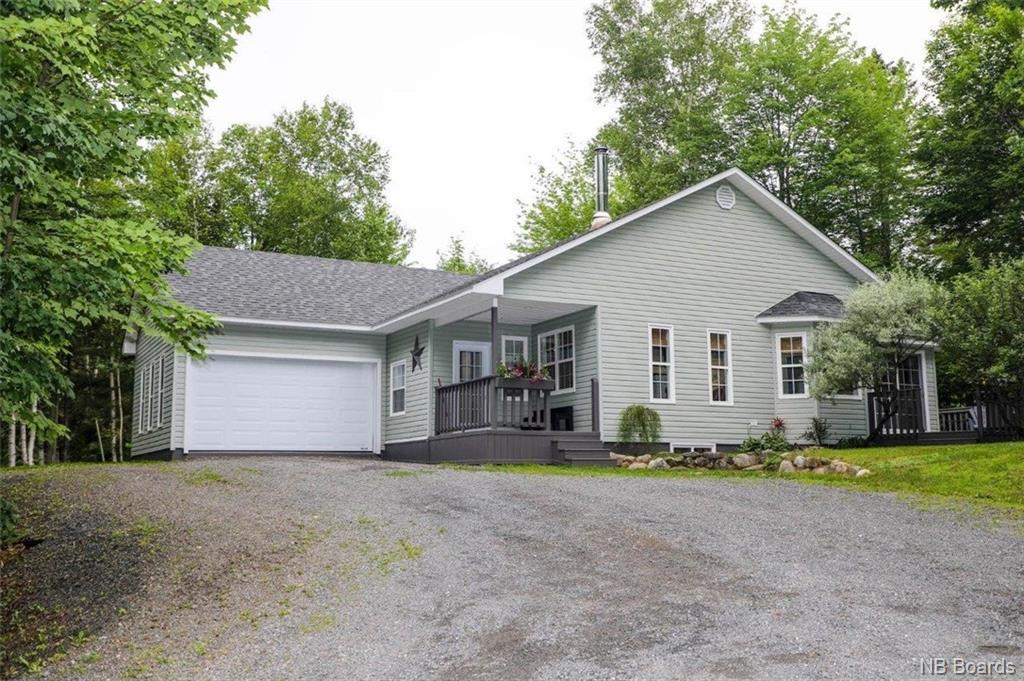 9 Woodmere Drive, Upper Kingsclear, New Brunswick, Canada