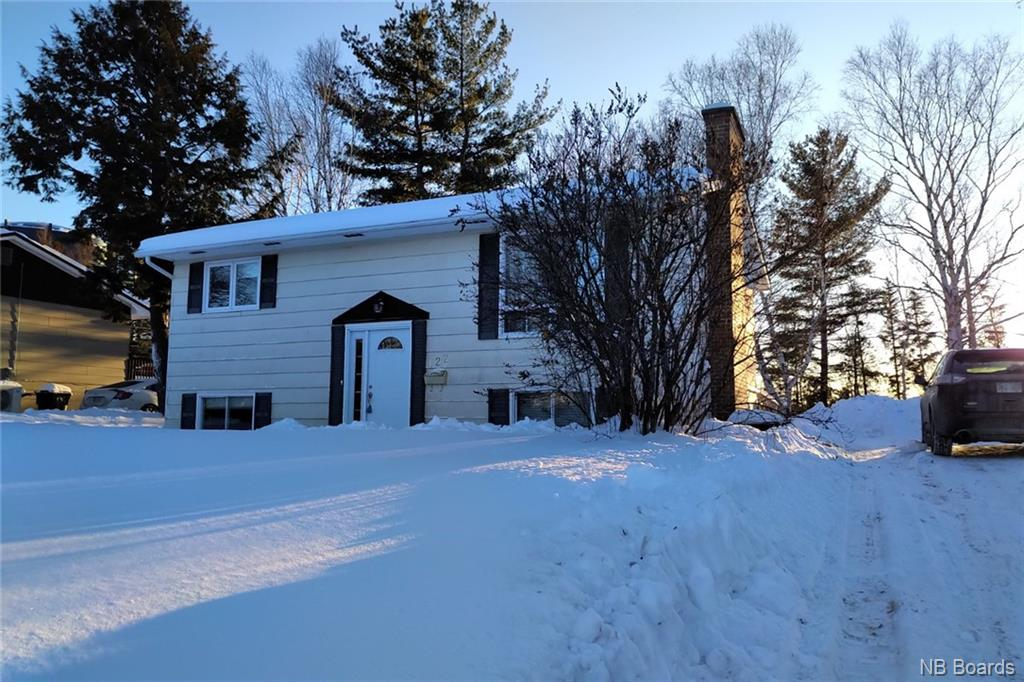 122 Flemming Road, Fredericton New Brunswick, Canada