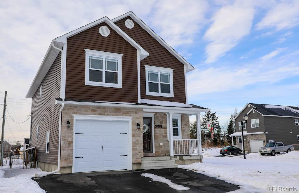 215 Bramble Way, Fredericton New Brunswick, Canada
