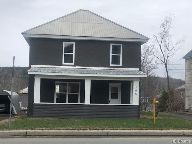 706 Main Street, Woodstock New Brunswick, Canada
