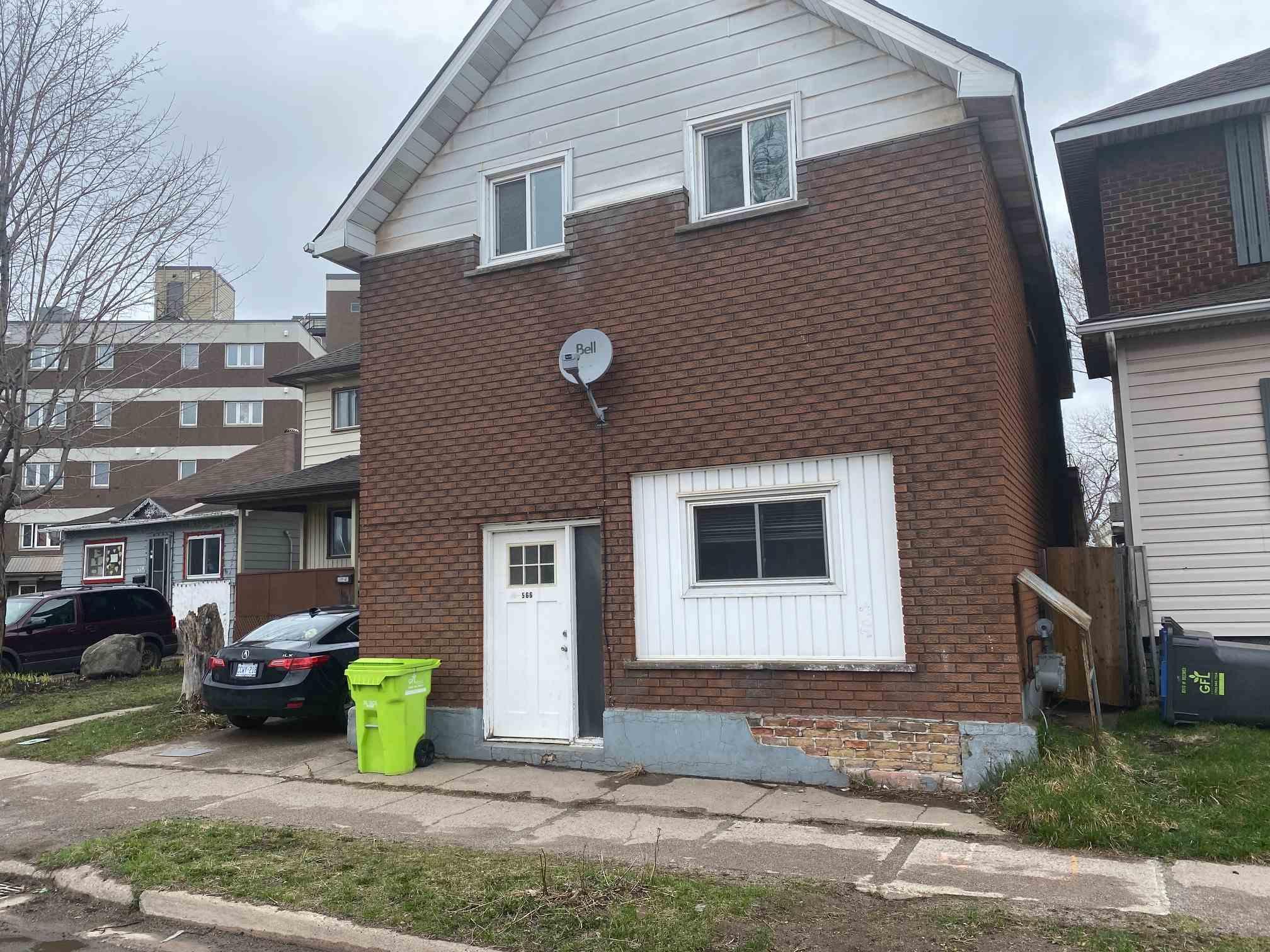 566 Albert Street W, Sault Ste. Marie Ontario, Canada