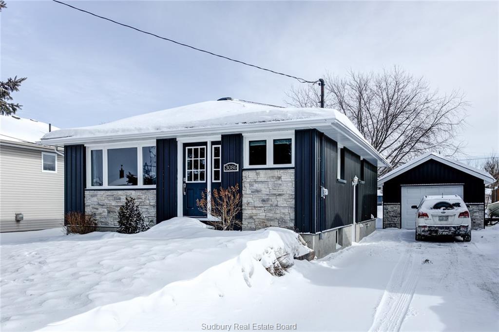 3086 Louis, Val Caron Ontario, Canada
