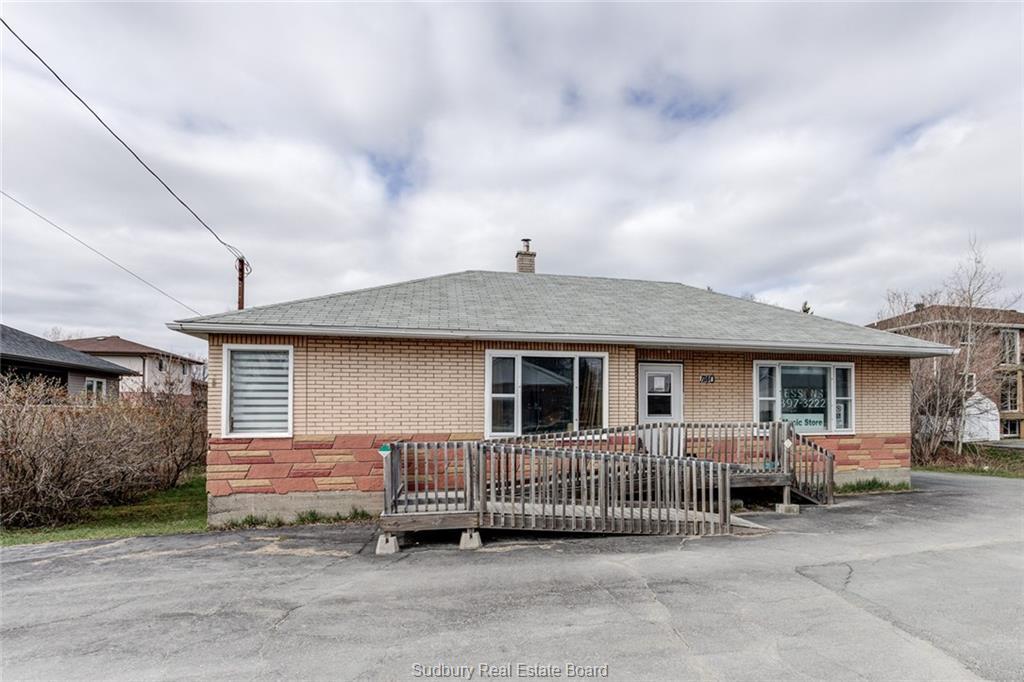 1740 Main, Val Caron Ontario, Canada