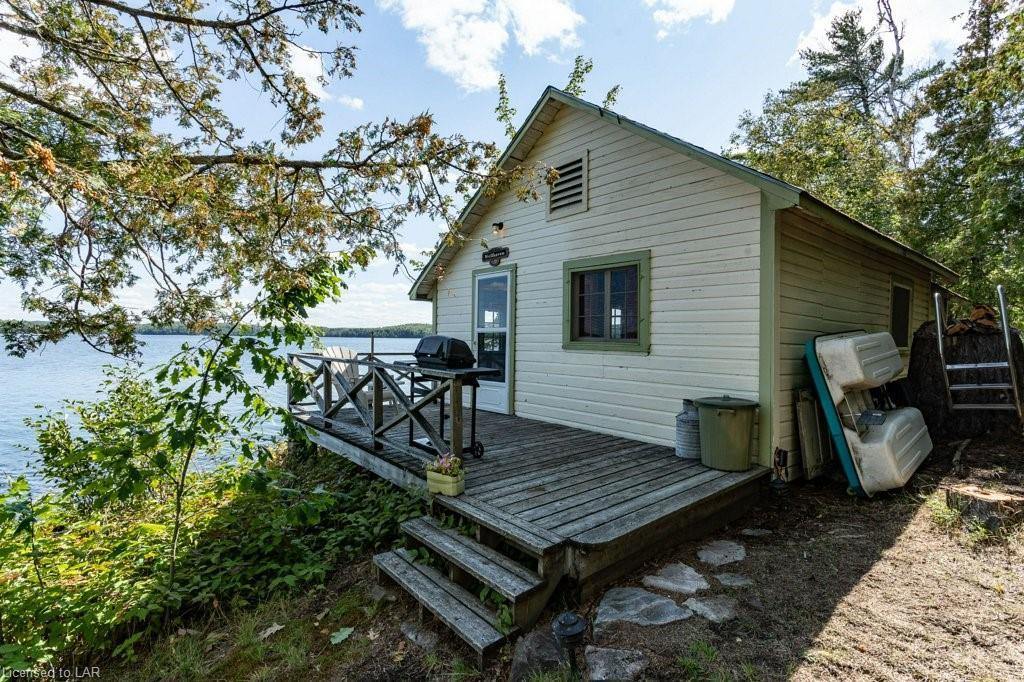 34 GORDON ISLAND, Ryerson Township Ontario, Canada