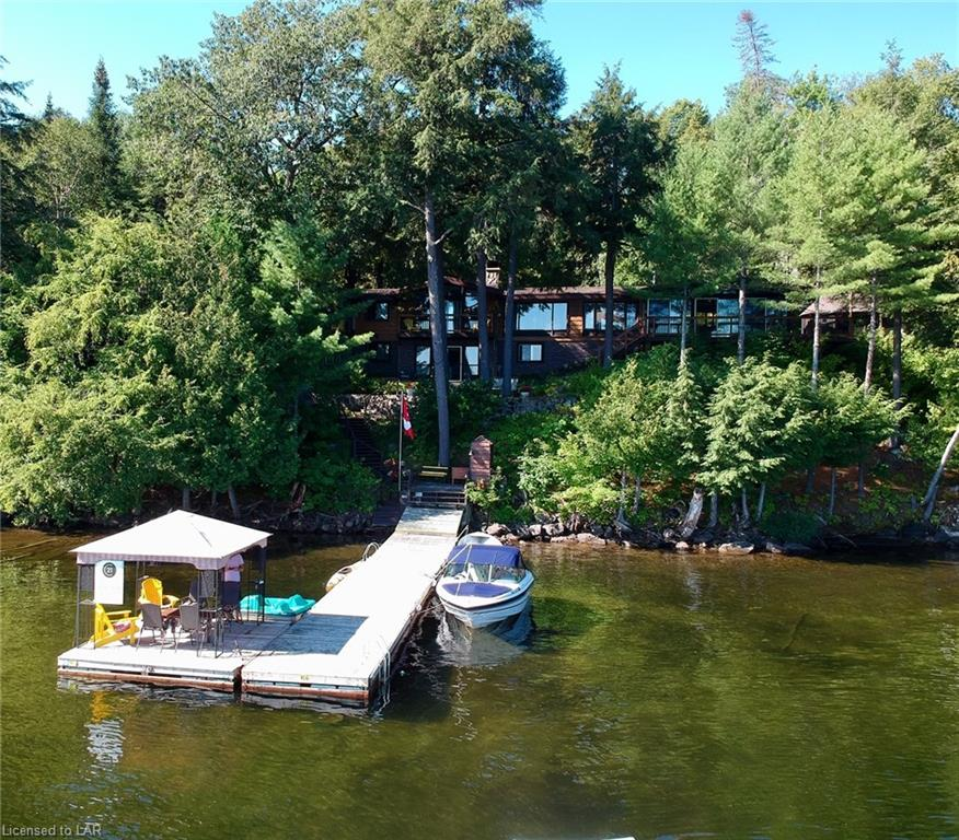 1427 Town Lot Road, Algonquin Highlands Ontario, Canada