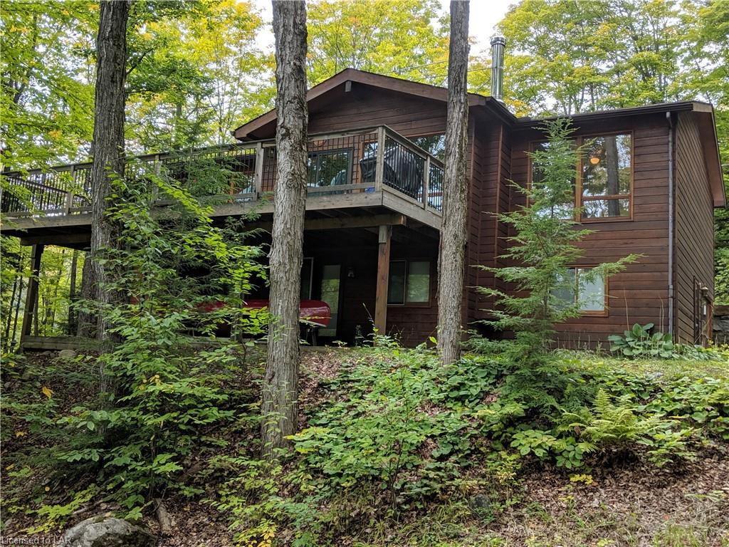 1004 STAGS LEAP Trail, Haliburton Ontario, Canada