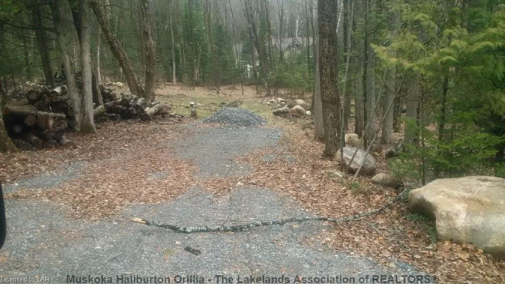 8 SKI RIDGE Trail, Haliburton Ontario