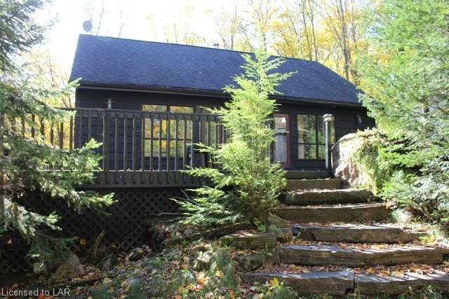 1066 WAMPUM Road, Haliburton Ontario
