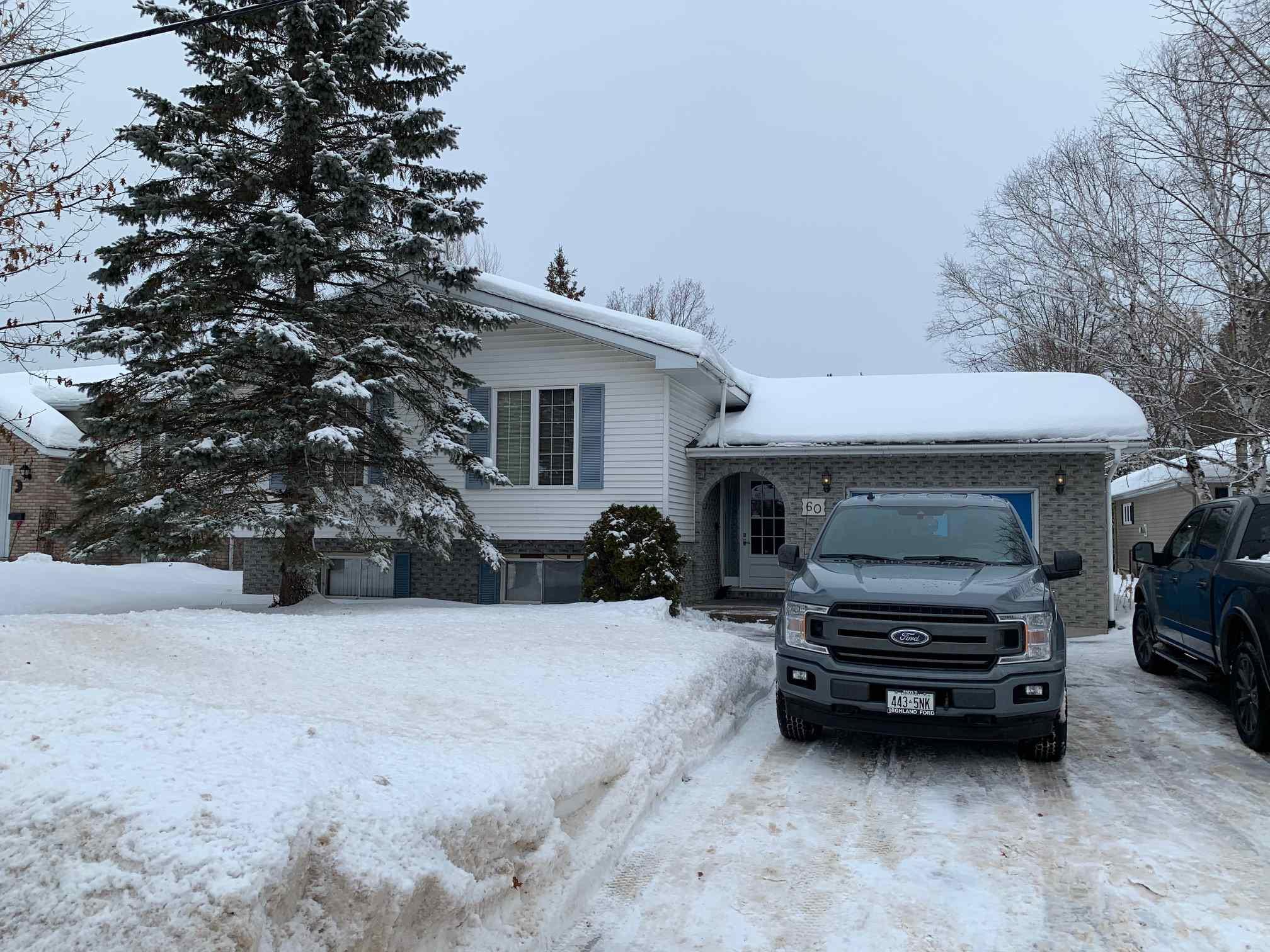 60 Dacey Road, Sault Ste. Marie Ontario, Canada