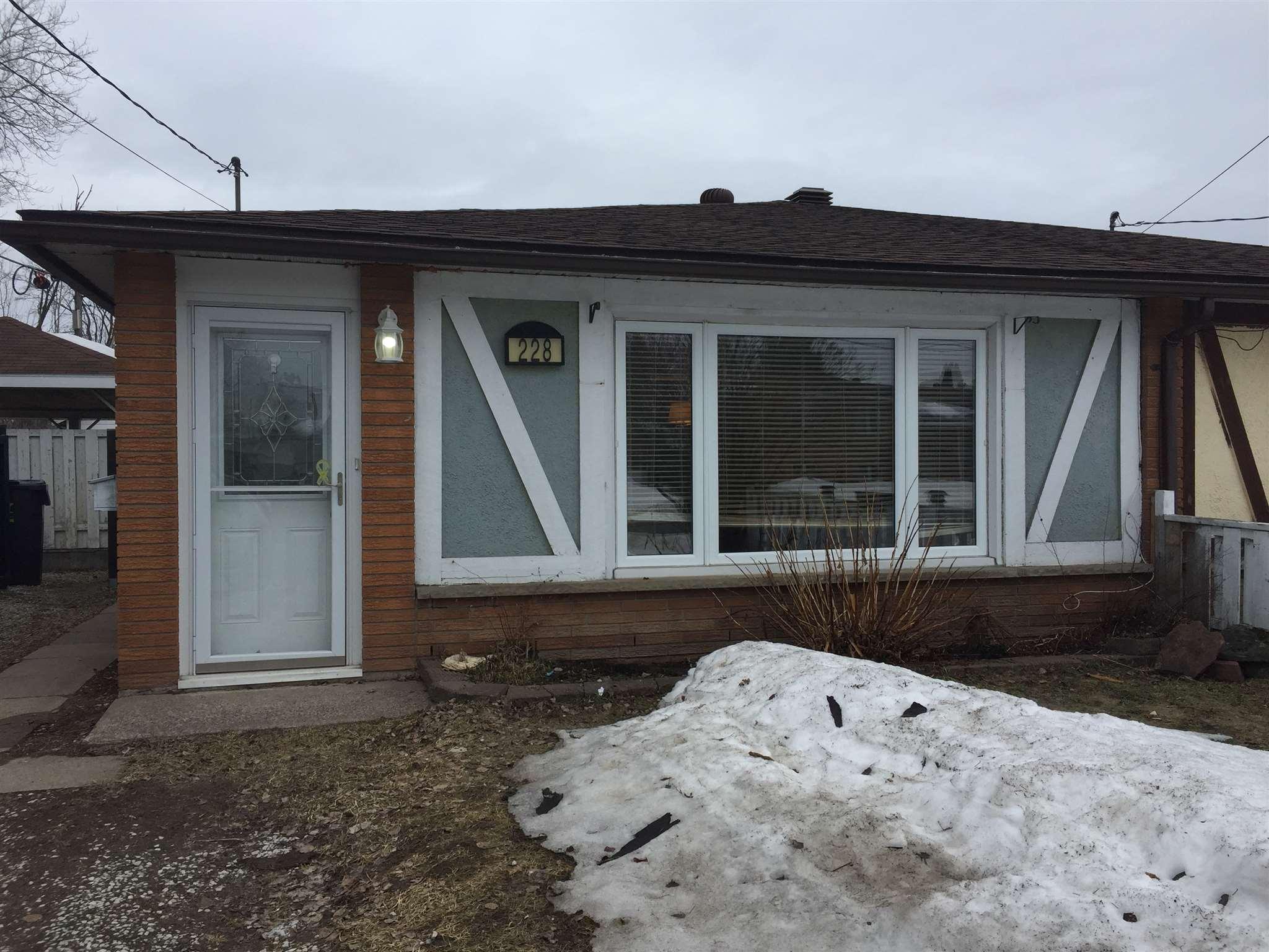228 Sydenham Road, Sault Ste. Marie Ontario, Canada
