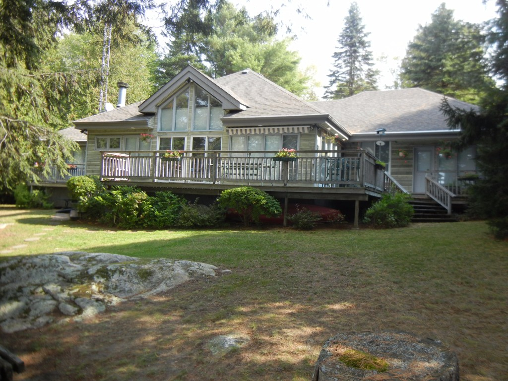 30 BAYSHORE RD, North Kawartha, Ontario, Canada