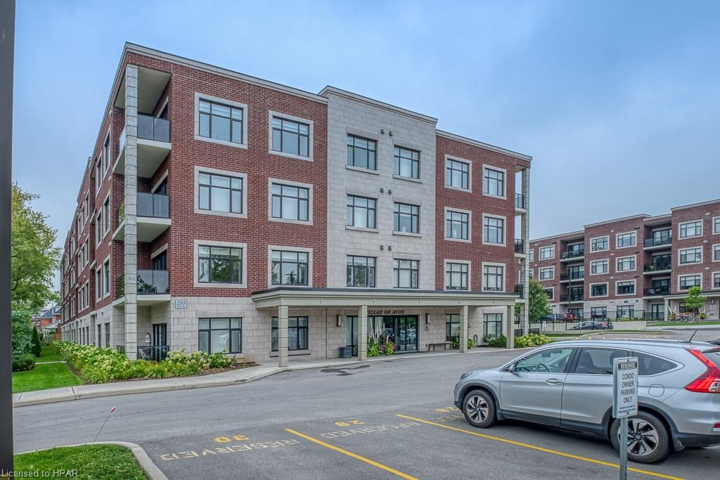 255 JOHN Street N Unit# 109, Stratford Ontario, Canada